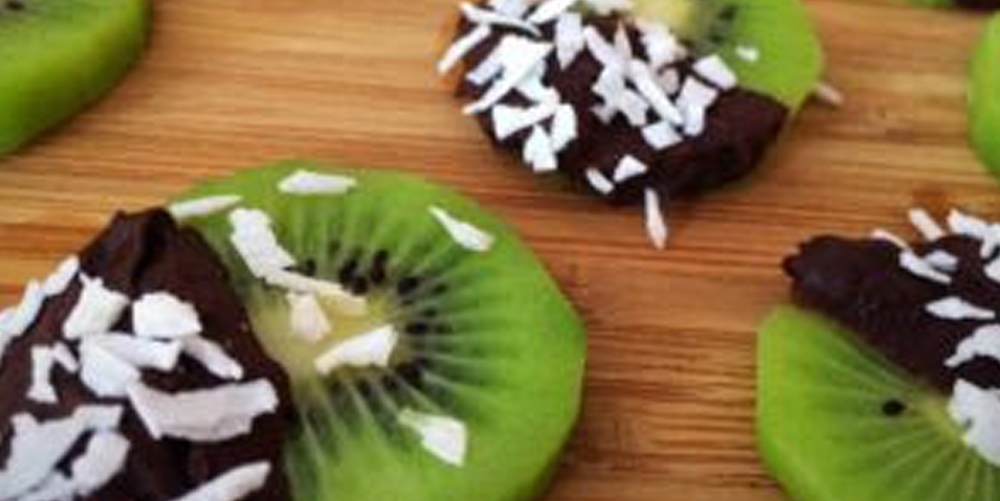 Chocolate Covered Kiwi Bites | Crystal Seaver Blog
